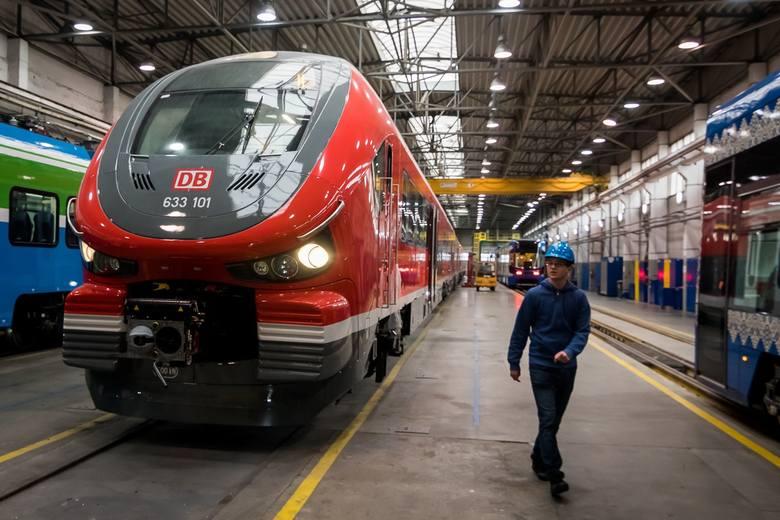 W kwietniu i maju Pesa przekazała osiem pociągów do niemieckiego przewoźnika Deutsche Bahn. Dotąd dostarczyła za Odrę 54 Linki, które są eksploatowane w Sauerland i Hesji. Fot.T.Czachorowski